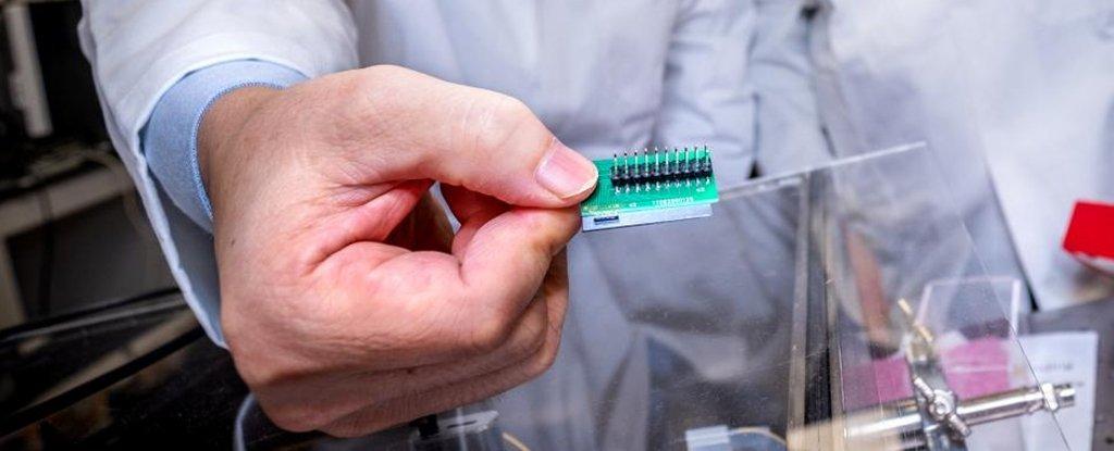 Ученые сделали квантовый шифратор в 1000 раз меньше, чем раньше