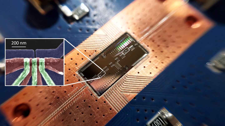 Прорыв в квантовых вычислениях: кремниевые кубиты взаимодействуют на больших расстояниях
