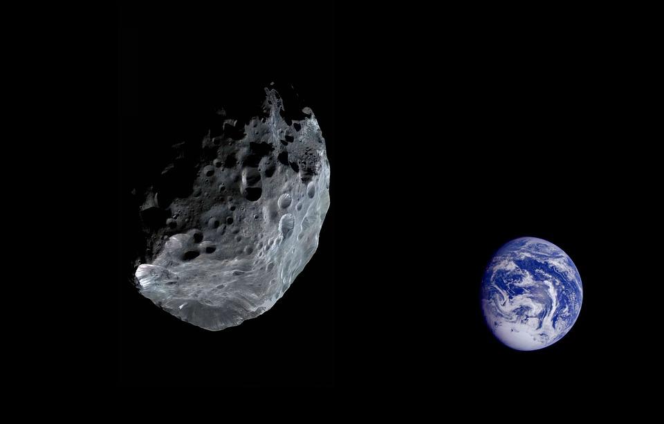 Астероид незаметно пролетел в пределах 3000 км от Земли